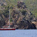 Croisière en Corse Août  Laisse Dire et la côte de Scandola